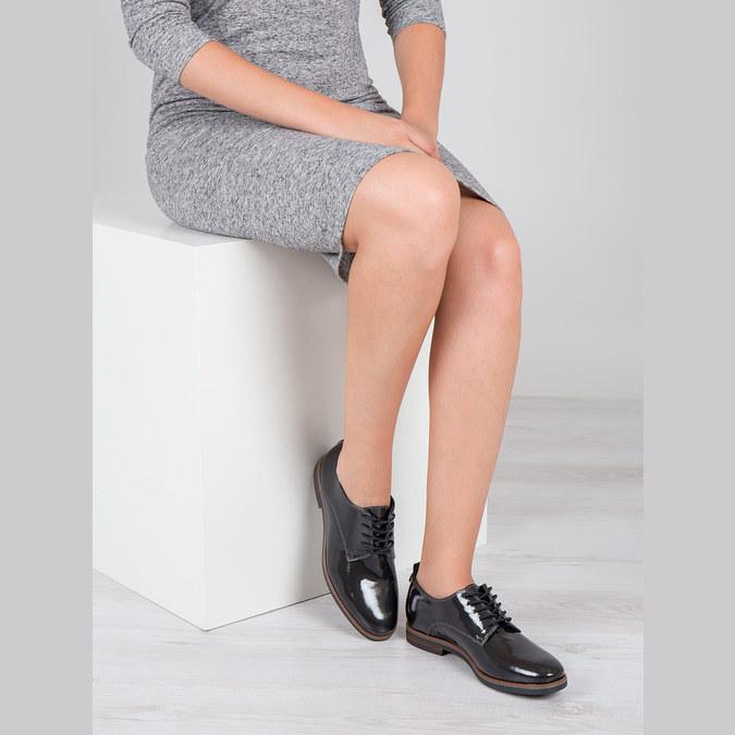 Lakierowane półbuty damskie bata, czarny, 528-4600 - 18