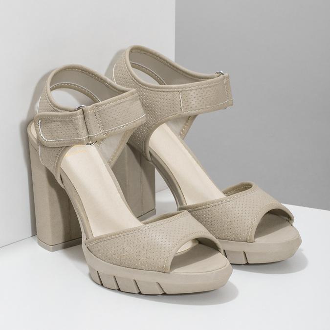 Sandały na grubych słupkach flexible, beżowy, 761-2616 - 26