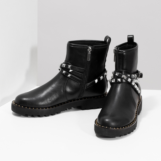 Czarne kozaki damskie zmetalowymi ćwiekami bata, czarny, 591-6633 - 16