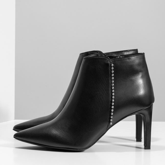 Skórzane botki zmetalową aplikacją bata, czarny, 796-6659 - 16